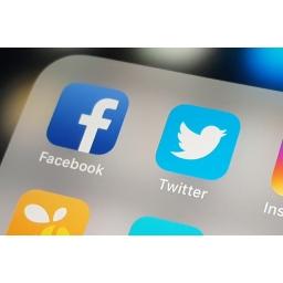 Android vest Twitter i Facebook upozorili korisnike da su neke aplikacije iz Play prodavnice pristupale njihovim ličnim podacima