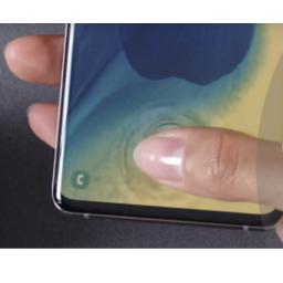 Android vest Posle prijave da silikonska futrola može da prevari čitač otiska prsta na Samsung Galaxy S10, kompanija najavila zakrpu